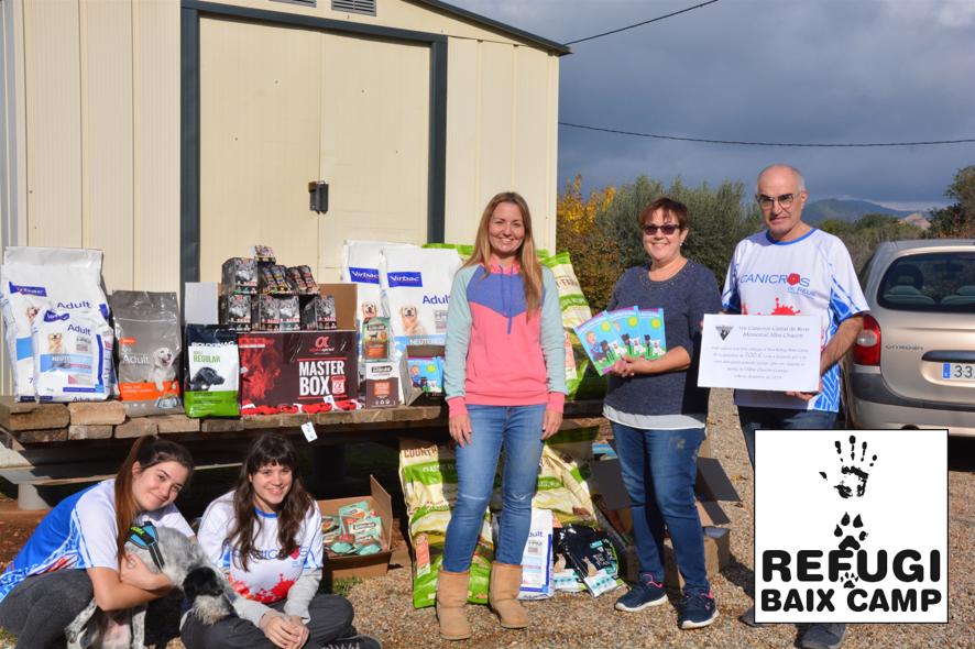 Entrega Donaciones Refugi Baix Camp Reus
